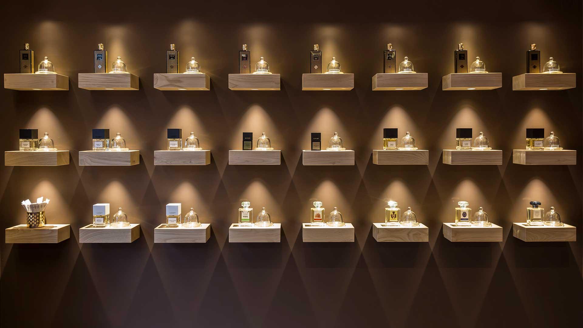 Parfums Galo Boutique | Light & Life | Arkoslight