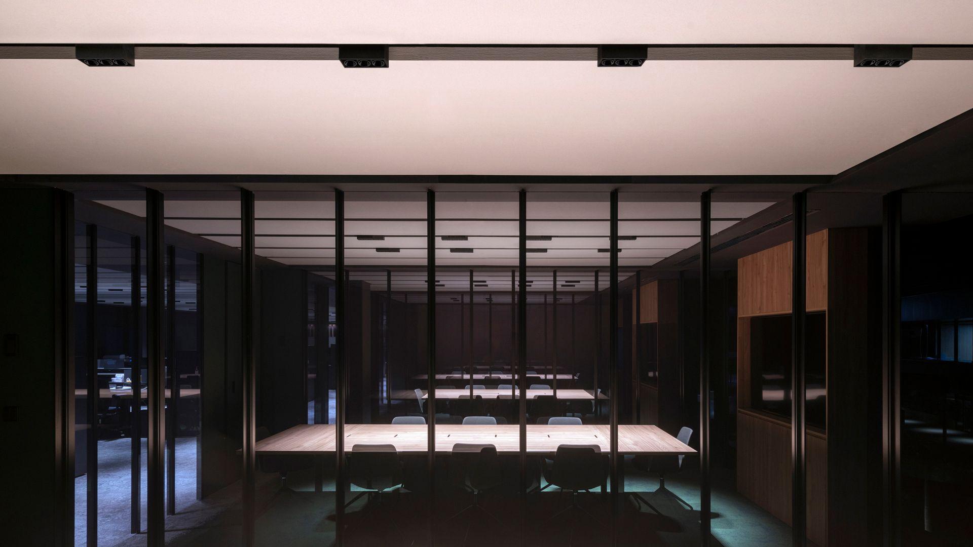 Black Foster surface - Arkoslight