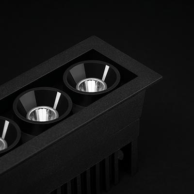 Black Foster Micro – Ora disponibile
